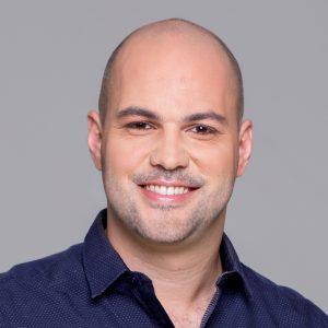 Alessandro MarquesEnseña: Cómo aprender algo en la mitad del tiempo, mejorar tu memoria y tener un cerebro de alto desempeño.
