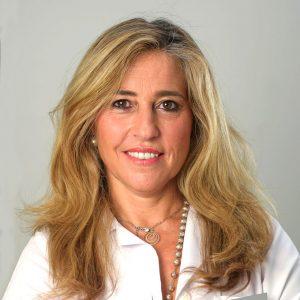 Alexandra VasconcelosEnseña: Cómo vivir una vida activa, plena de energía y vitalidad.